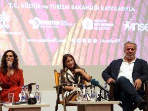 Antalya Film Festivali'ne 'Kadın' Paneli damga vurdu