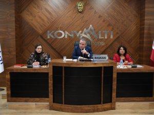 Konyaaltı'nda yılın ilk meclisi toplandı