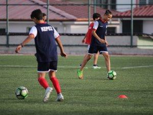 Kepez'in gençleri  başarıya doymuyor