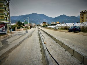 Alanya'ya bölünmüş yol