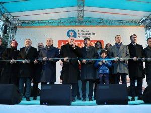 Antalya'da toplu açılış