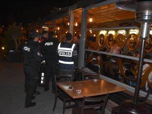 ANTALYA POLİSİ  SUÇ TARAMASI YAPTI