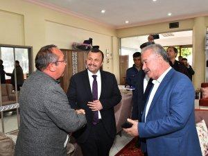 Cumhur İttifakı Aksu'da esnafı ziyaret etti