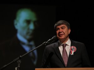 Atatürk'ün övgüsüne layık olabilmek için durmadan çalışıyoruz