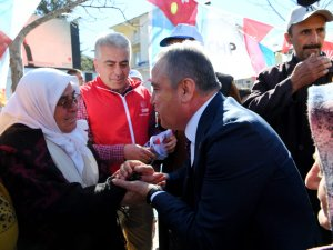 Başkan Böcek, Kadınlar Gününü Gündoğmuş'tan kutladı