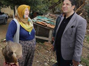 Genç, Çığlık mahallesinde yaşlı ve hastaları ziyaret etti