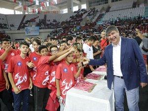 Okullar Ligi'nde  heyecan rüzgarı