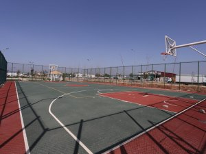 Kepez'den  spor sahası