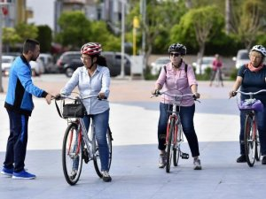 Muratpaşa'dan  bisiklet eğitimi