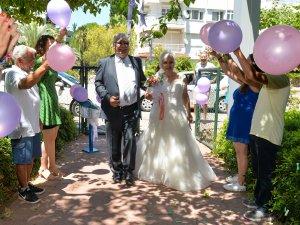 Olamayan düğünü Muratpaşa yaptı