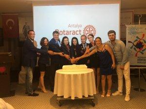 Antalya Rotaract Kulübünden Devir Teslim