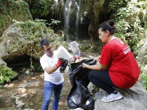 Nar Masa ekibi saklı cennet Kiremit Oluk Kanyonu'nu temizledi