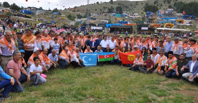 Türk Dünyası, Burdur'un Aziziye Yayla Şenliğine renk kattı