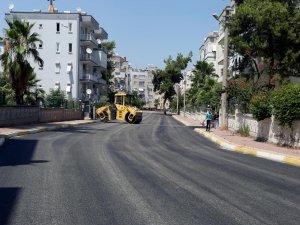 Kepez'den 3 mahalleye rekor asfalt
