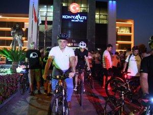 """Başkan Semih Esen, """"Arabadan in bisiklete bin"""""""