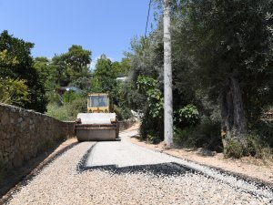 Konyaaltı Belediyesi'nden Gökçam Mahallesi'ne asfalt