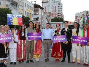 Kepez'in 5. Uluslararası Folklor Festivali başladı
