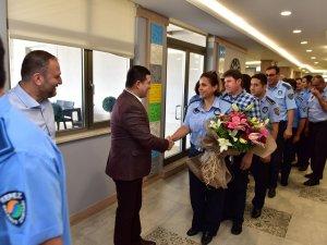 Tütüncü, Zabıta Haftası'nı personeliyle kutladı