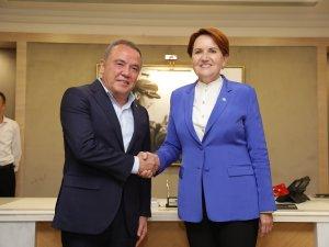 İYİ Parti Genel Başkanı Akşener Başkan Böcek'i ziyaret etti