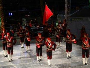 Halk Dansları  Şöleni sona erdi