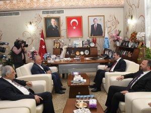 AK Parti Genel Başkan Yardımcısı Yılmaz'dan Aksu ziyareti