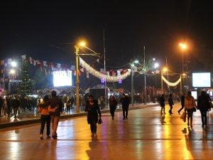 Antalya 2020'yi ışıl ışıl karşılıyor
