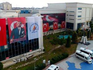 Başkan Uysal'dan Türk Bayrağı talimatı