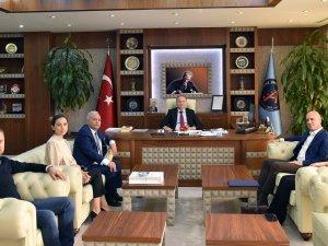 Başkan Bahar, Rektör Ünal'ı ziyaret etti