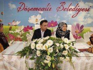 Döşemealtı'nda 14 Şubat Sevgililer günü yoğunluğu