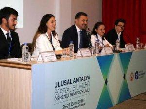 Türkiye'nin gençleri Antalya'da buluşuyor