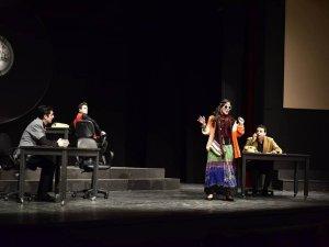 Alanya Tiyatrosu  Kıbrıs turnesinde