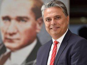 Başkan Uysal'dan sanatçılara destek