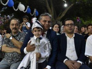 Muratpaşa'dan anlı şanlı sünnet düğünü