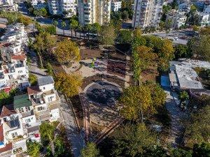 Muratpaşa'da iki park yenilendi