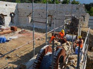 Alanya Gülevşen Camii'nin restore çalışmaları sürüyor