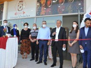 ASSİM'de yöresel ürünler mağazası açıldı