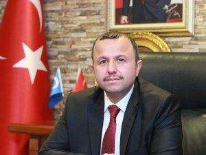 AK Parti İl Başkanı herkesi havaalanına davet etti