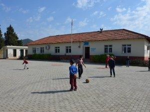 Büyükşehir'den eğitim kurumlarına destek