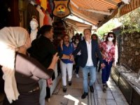 Başkan Uysal'dan Kaleiçi turu