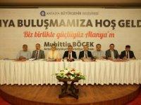 Başkan Böcek Alanya'da sorunları dinledi
