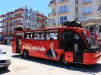 Bayram Büyükşehir'in mobil konserleriyle şenlendi