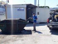 Kumluca ve Beykent Toptancı Hali haşerelere karşı ilaçlandı