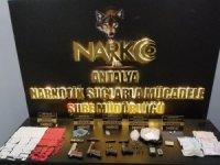 Uyuşturucu Madde Ticareti Yapan 18 Şahıs Kıskıvrak Yakalandı