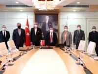Başkan Böcek; 'Herşey Antalyaspor'umuz için'