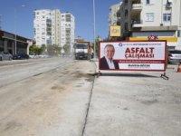 Büyükşehir Belediyesi Çınarlı Caddesi'ni asfaltlıyor