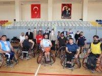"""Tütüncü: """"Salonumuz engelli sporcularımızın emrinde"""""""