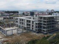 Serik Kültür Merkezi bünyesindeki düğün salonu inşaatı hızla yükseliyor