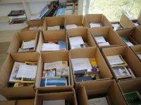Bağışlanan kitaplar Türkiye'nin dört bir yanına gönderiliyor
