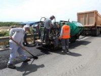 Büyükşehir Belediyesi Kanal Sokak yolunu yeniliyor
